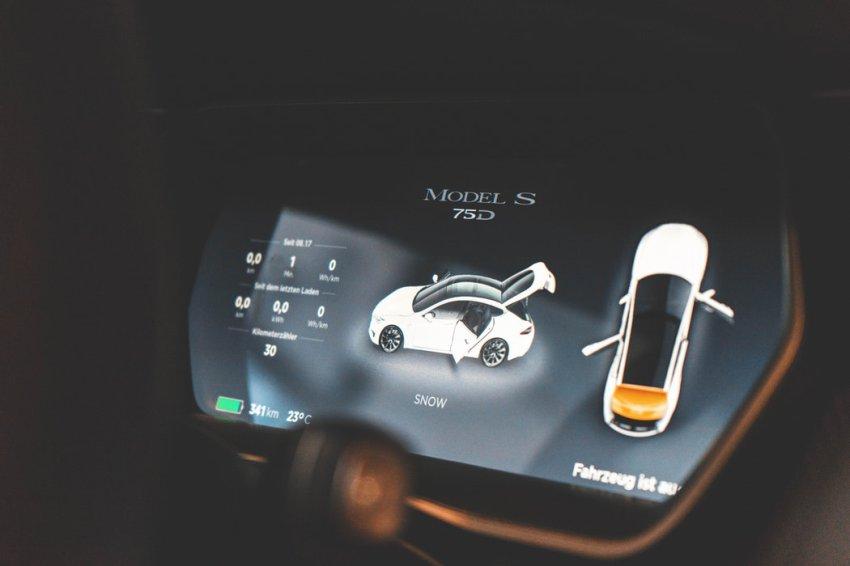 Tesla: dane techniczne, czas ładowania, cena - ekologiczna ...